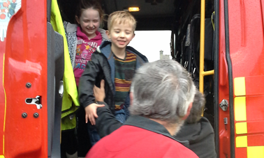 HOLLY AND HARRY IN THE FIRE ENGINE