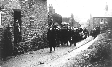Boatmans Funeral, Cross Lane